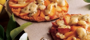 Apple and Roquefort Tart